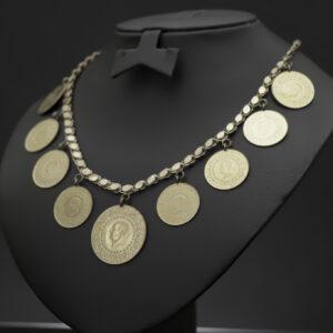 Halskæde med 1 x 100 - og 8 x 50 kurush mønter i 22 karat guld